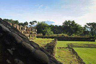 Izapa_en_las_faldas_del_Volcán_Tacaná